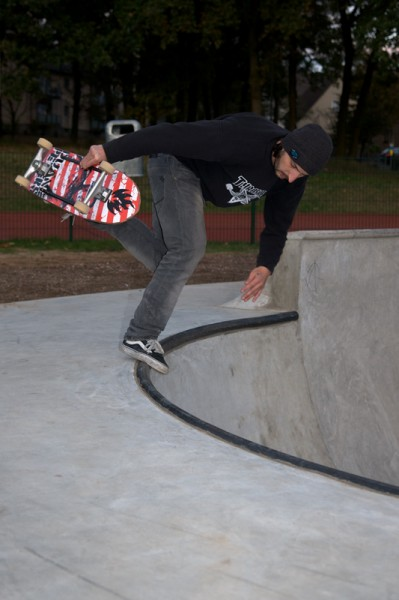 Alf. Backside boneless to tail on the corner wall.