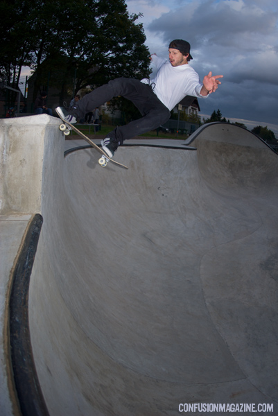 Jan Wermes, tailslide. Siegburg, Germany