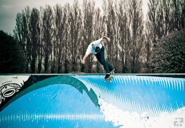 Snoken. Tailslide. Photo: Martin Palsson