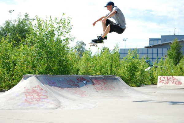 Ruke ollieing the hip at a DIY spot that we skated on a road trip up north in Vaasa.