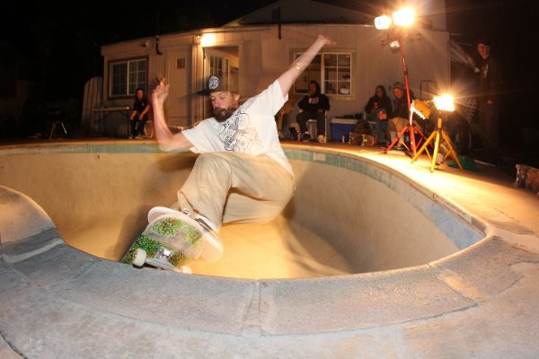 "Chad ""JR"" Leblanc grinds the shit out the shallow at Rays pool."