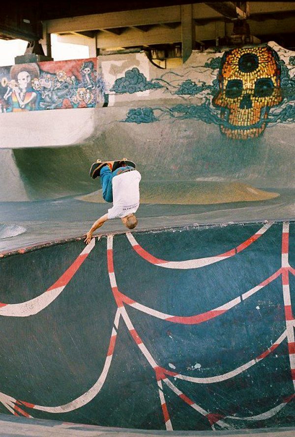 Handplant in the Big Bowl at Burnside. Portland, Oregon. Photo: Collin Whalen
