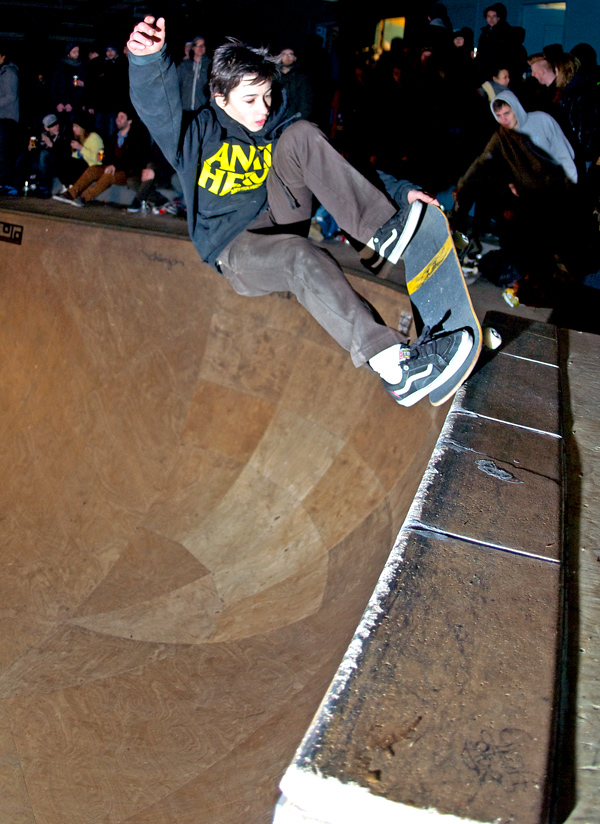 Daan van der Linden. Nose grind tail grab on the vert extension. It wasn't just the Anti Hero sweatshirt and the Vans shoes that got him the nickname John Cardiel of Holland, it was also the style.