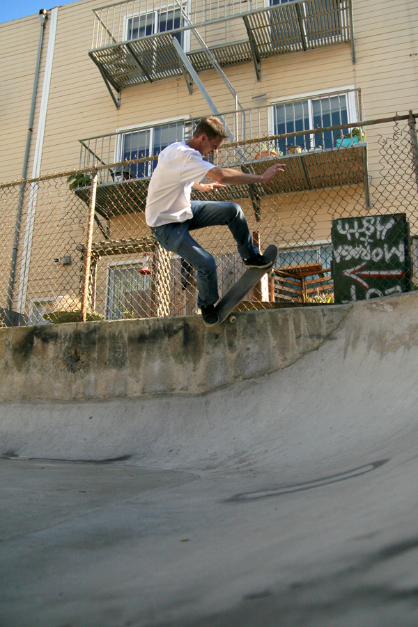 Israel Forbes. Pivot to fakie Off the Wall.