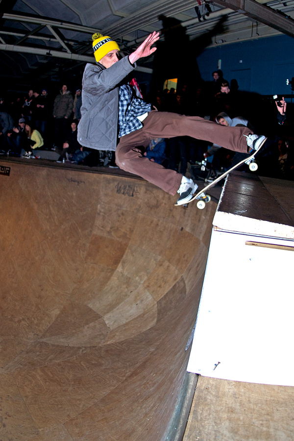 Area 51 local and 100% skateshop owner Jeroen Sars styles a frontside lipslide on the extension.