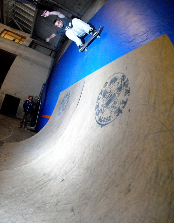 Txaber Gamindez. Backside wallriding off the new transitions made by Getxo Skate Kluba as the mini ramps take shape.  Photo: Borja Casas