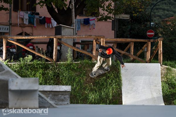 Matteo Carmagnini. Grass wallride.  Photo: Federico Romanello