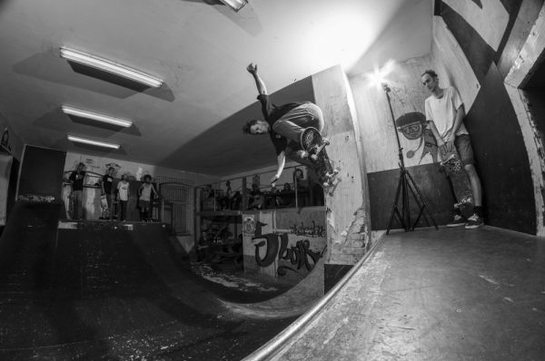 Michi Nadler. Wallride transfer.