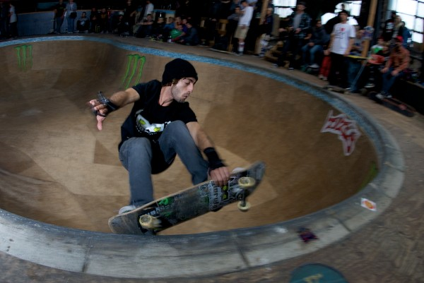 Skreech. Mute grind over the death box.  Photo: Hay