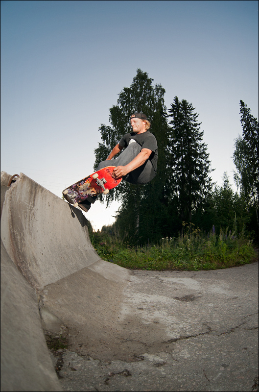 Luke Jouppi. Lean to tail slasher.