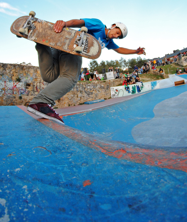 Jon Santiago. Backside boneless.