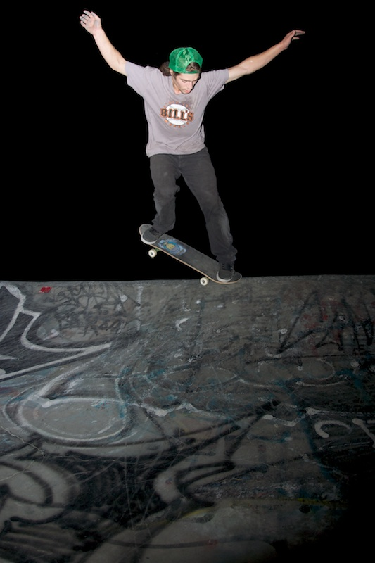 Jared Fiorovich. Backside nosegrind.