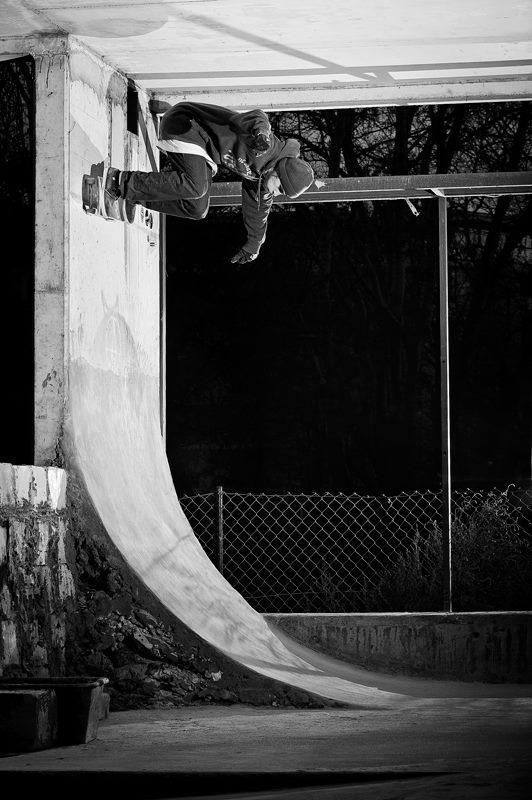 Tomek Ziółkowski. BS wallride. Photo: Piotr Kielb
