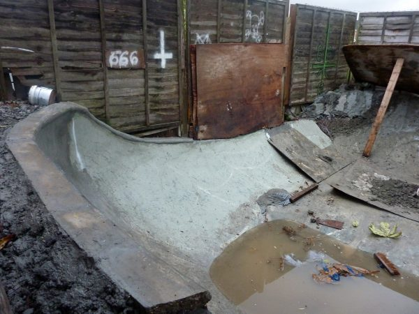 Wet build. 2012.