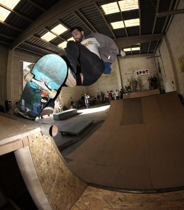 Dahi. FS ollie to disaster, low to high.
