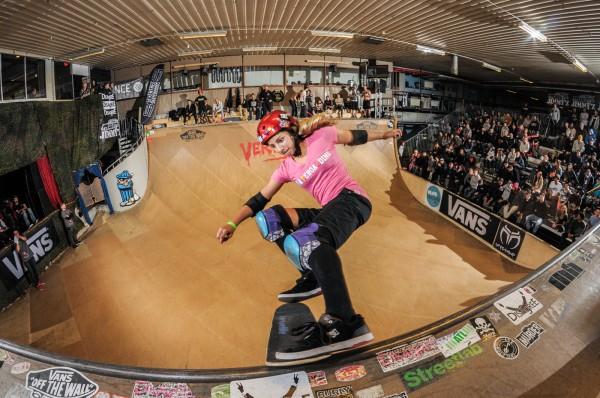 Alanna Smith. Tailslide.  Photo: Eddie Think