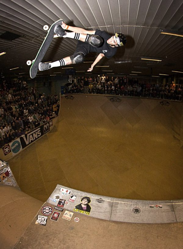 Jimmy Wilkins. Alleyoop 540 tailgrab.  Photo: Emma Gustavsson