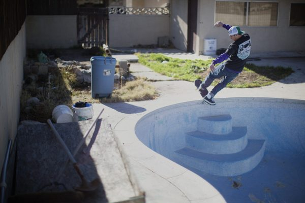 Tom Remillard, frontside slide in the California desert