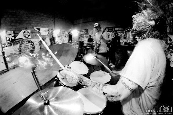 Pigpower. Mico on drums.