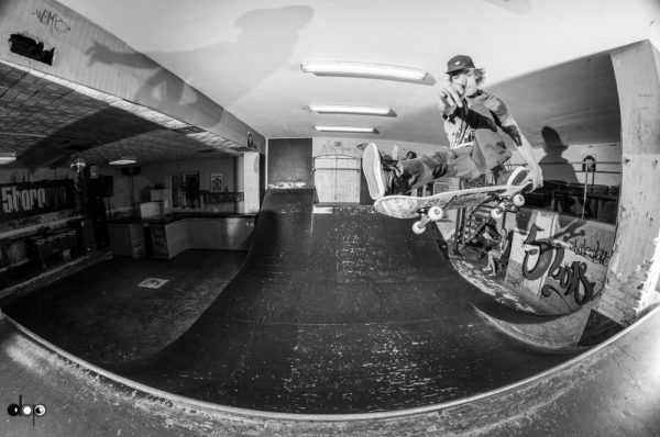 Robian Fifield. Tailgrab.