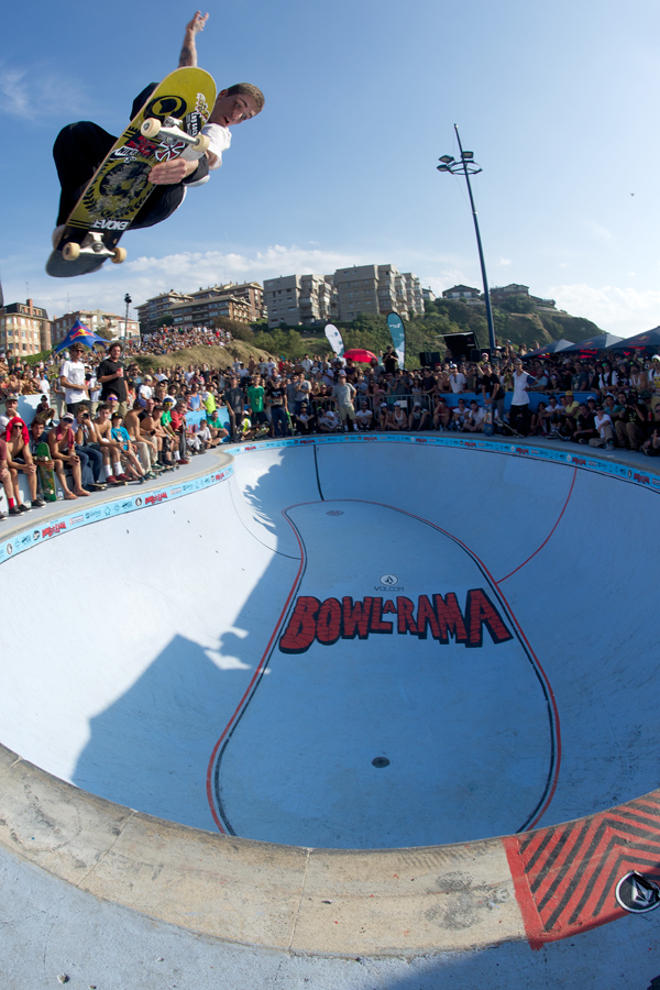 Felipe Foguinho with a large lien air in the deepend. Out of all the skaters, Felipe was going the highest. Photo: J. Hay