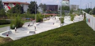 Just go. Wilhelmsburg park.