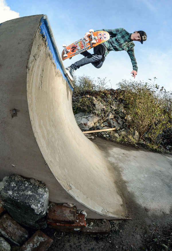 Ben Lawer. BS Boneless. Photo: Tom Frankham