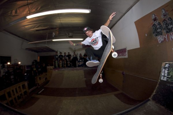 Nic Riveria - Kick Flip