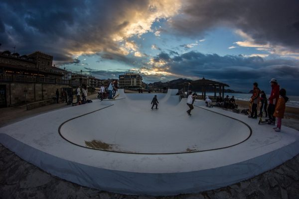 Zarautz skatepark. Overview.  Photo: Pablo Rivera