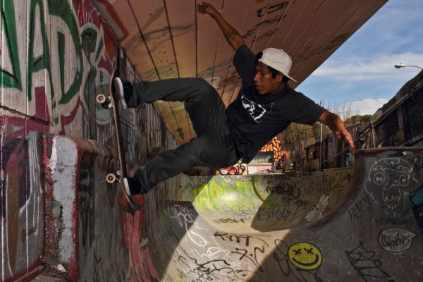Angel Torres - Wheel Tap on the Wall to Fakie -Flower Shop DIY