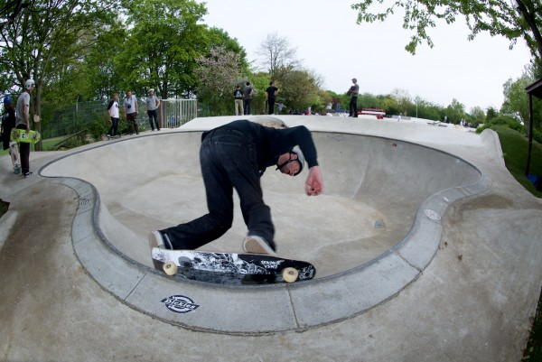 Dietsches. Backside 50-50 in the pocket in the Owl Bowl.  Photo: J. Hay