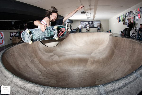 Alessandro Ferreri. FS tuckknee. Big air lab.