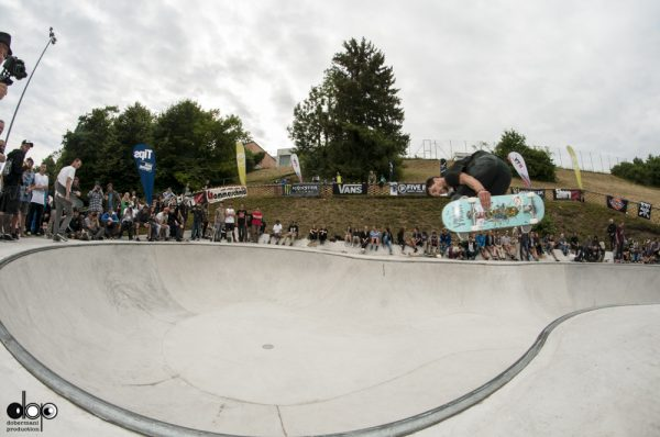Dustin Vonach. Backside air.