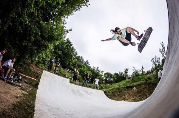 Chetos. Kickflip to fakie. Photo: Pablo Ribera