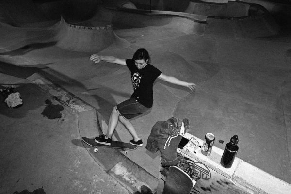 Claudia Riera. Front rock.