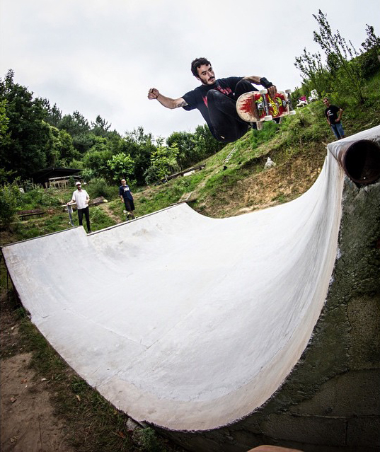 Pablo Ribera. Frontside air. Photo: Chetos
