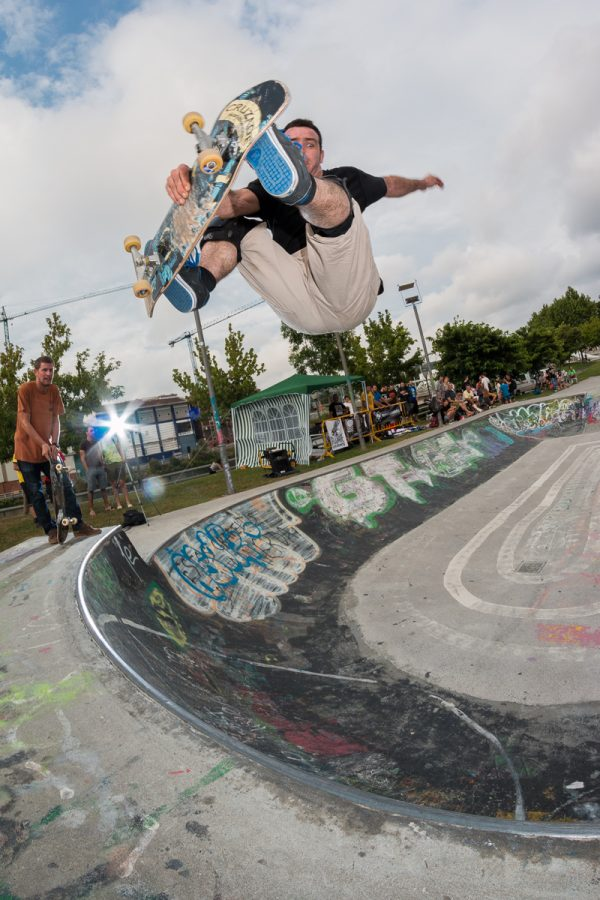Belaetxe. Frontside air.