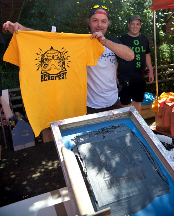 Donald of Pavel Skateboards was running the silk screen press half the day, pumping out custom Bergfest tees. That one's mine.