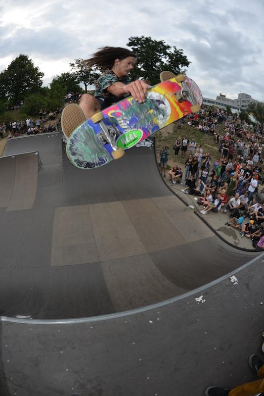 Nick Bax. Frontside air.