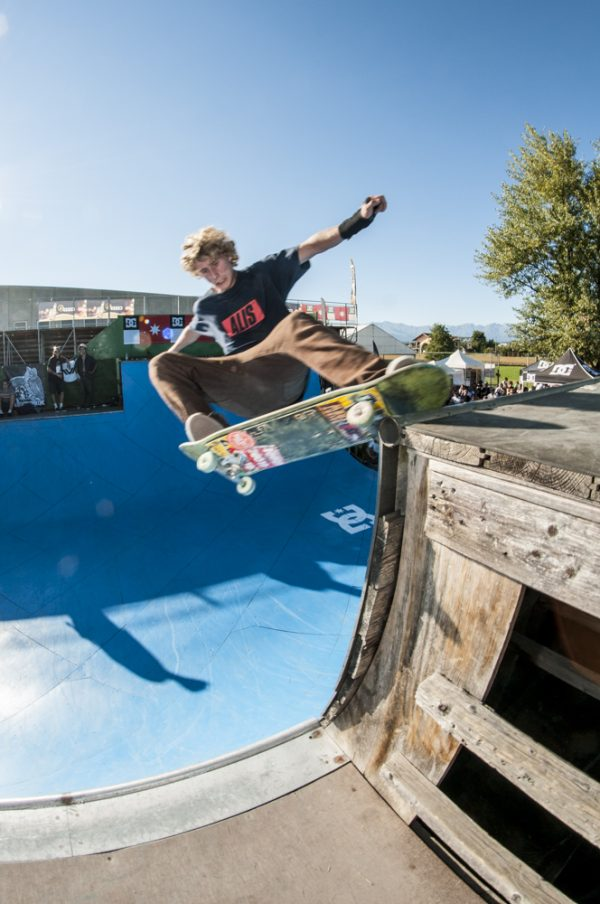 Dannie Carlsen. Grind off the extension to truck bash on the coping below.