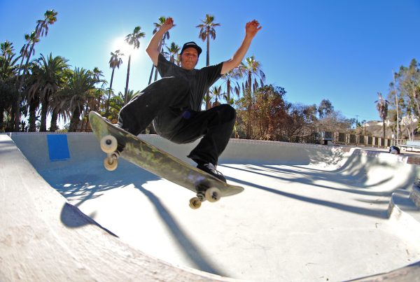 Mike Smolie. Frontside disaster.