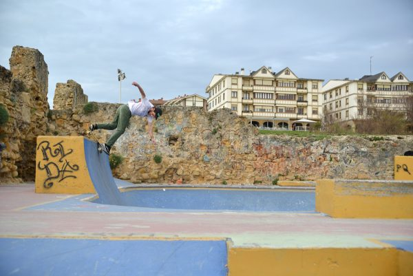 Jon Rosa Velasco. Backside disaster. Photo: J. Hay