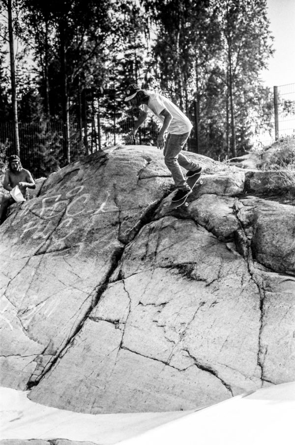 Ivo Weibel skates everything, even rocks in Helsinki