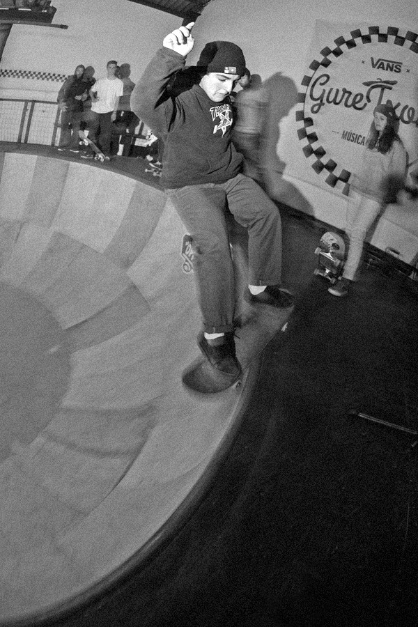 Frontside smith.