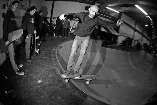 Jerson. Two feet back frontside standup grind around the deepend.