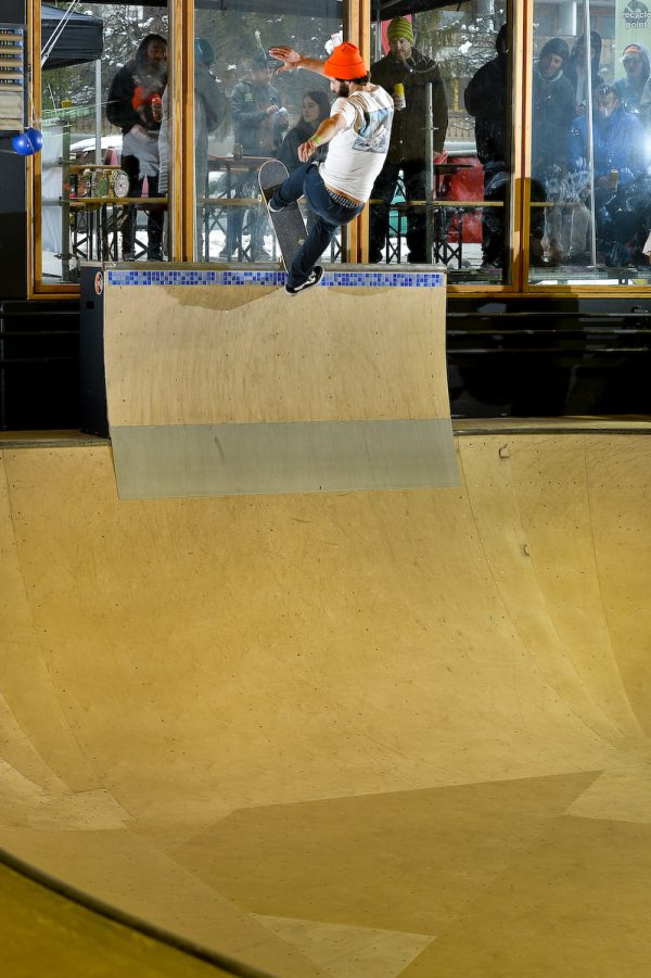 Pierre Collumbin. Frontside blunt.