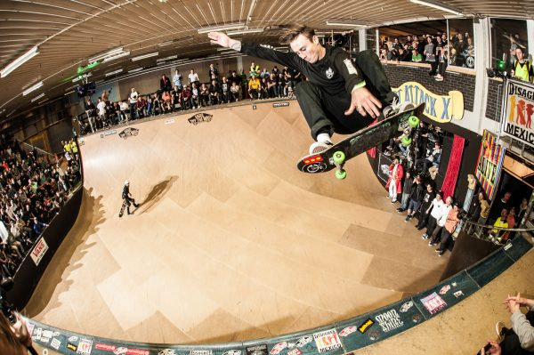 Chris Russell. Ollie disaster.