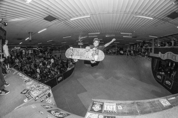 Pepe Nuñez. Frontside channel air. Photo: Nicola Debernardi