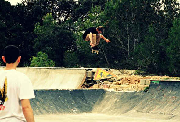 Tibo - ollie over the construction gap
