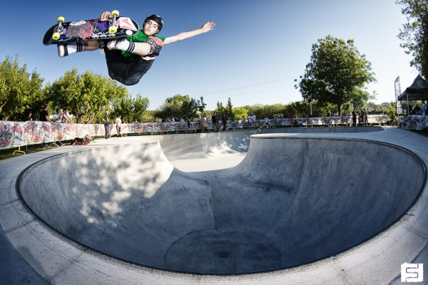 Nicola Vitali. Frontside air.